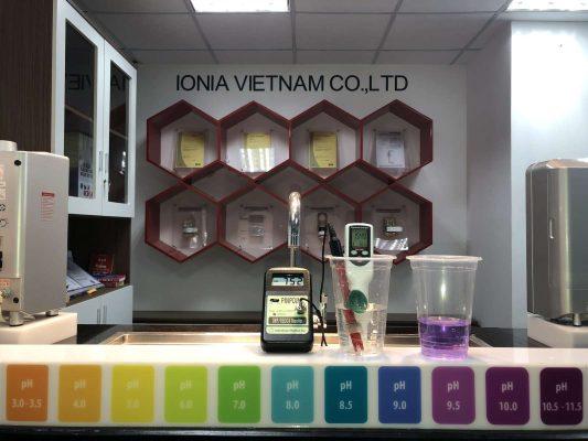 Đo chỉ số máy lọc nước ion kiềm IONIA
